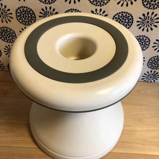 ⭐️無料⭐️浴室用回転椅子の画像