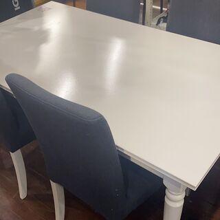 IKEAイケアの伸長式5点ダイニングテーブルINGATORP