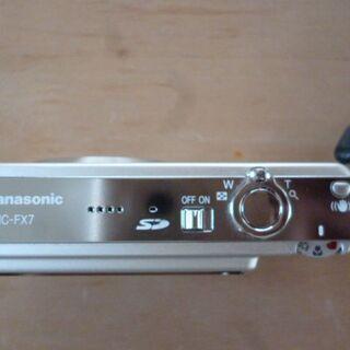 美品!パナソニック デジタルカメラ DMC-FX7S 箱説明書付き - 売ります・あげます