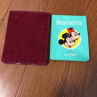 Disneyカードホルダー