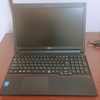 【ネット決済・配送可】富士通の中古ノートパソコン SSD128GB搭載