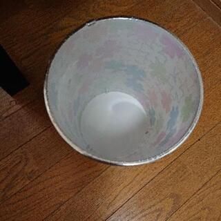 ゴミ箱 - 世田谷区