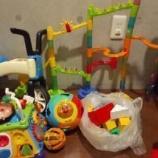 幼児おもちゃ、知育玩具セットの画像