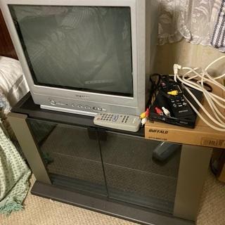 SHARP 17インチブラウン管テレビと地デジチューナーセットで