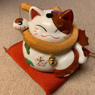 貯金箱、猫の形