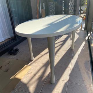 【ネット決済】鏡面仕上げの白いダイニングテーブル