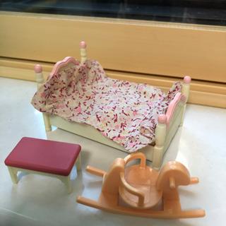 ベッド&赤ちゃん用木馬