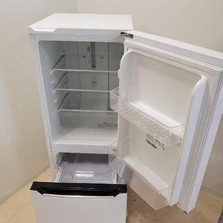 ■下見・配送設置OK■Hisense家電2点セット■2018年製 Hisense 150L ノンフロン冷凍冷蔵庫 HR-D15C / 2016年製 Hisense 4.5kg 全自動洗濯機 HW-E4501 - 大阪市