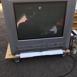 無料テレビデオ+VHSビデオ