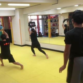 【1回3,000円〜】パーソナルトレーニング+キックボクササイズ‼️ - スポーツ