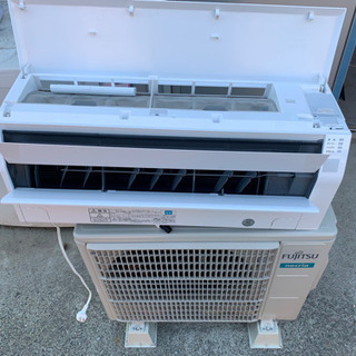 富士通 2019❗️年式 10畳用エアコン 中古 美品 工事可
