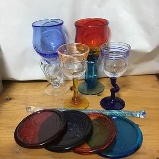琉球ガラスのペアワイングラス・マドラー・コースターのセット