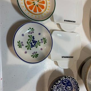 食器 白い皿 小皿 スタバの皿 茶碗 コップ - 墨田区