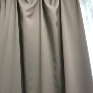 遮光一級カーテン シャンパンカラー2枚とレース2枚のセット