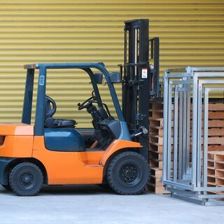 【No.6298】働きやすい工夫多数の倉庫内でフォークリフトオペ...
