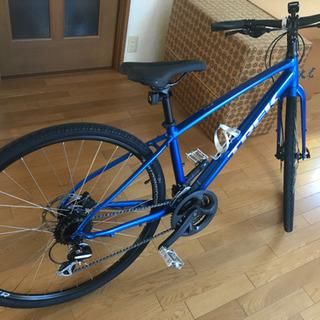 TREK クロスバイク ブルーSフレーム
