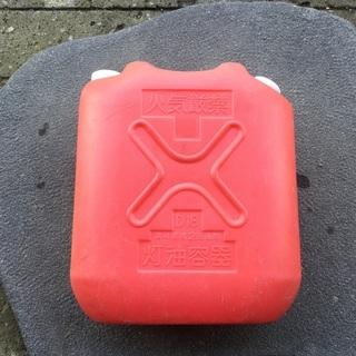 ポリ灯油缶18L❣️中古品の画像