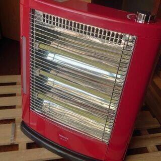 寒の戻りに便利な電気ストーブ!【未使用に近い!赤が暖かい!】山善...