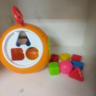 お出かけにも バック型知育玩具🐼🎶
