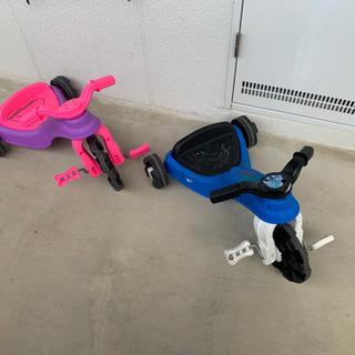 子供用三輪車 落書きあり