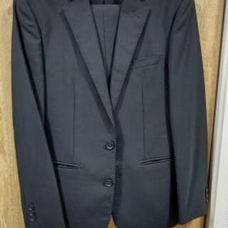 スーツです。