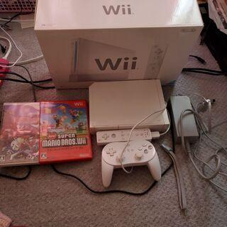 ほぼ未使用 Wii本体 ソフト2つ