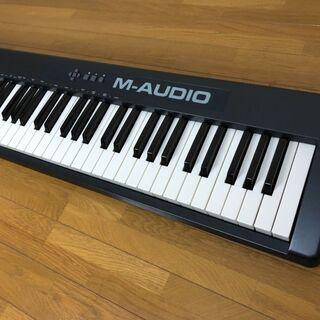 【ネット決済】【取引中】電子ピアノ M-Audio  Keyst...
