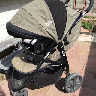 ベビーカー&チャイルドシート(新生児用トラベルシステム)