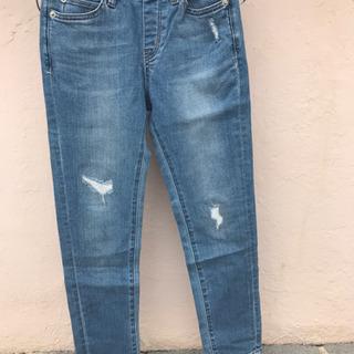 ユニクロ ダメージジーンズ 130サイズ