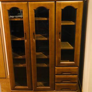 木製収納家具