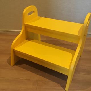 4/24値下げ!【中古、美品】IKEA 子供用ステップスツ…