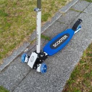 【取引中】キックボード 折りたたみ式 キックスクーター フットブ...