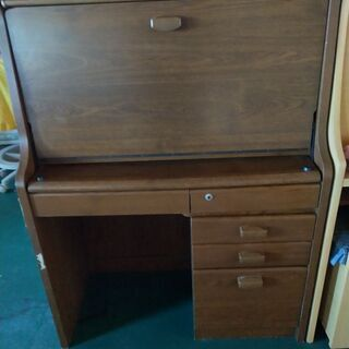 ❰取引中❱折り畳み机と椅子のセット