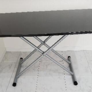 テーブル(黒) 高さ調節出来ます。