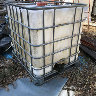 水槽タンク1000リットル