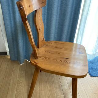木製チェアー二脚セット!じょーとーな作りです‼︎
