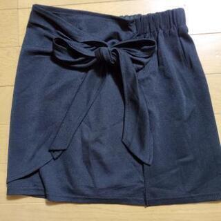 黒のミニスカート☆