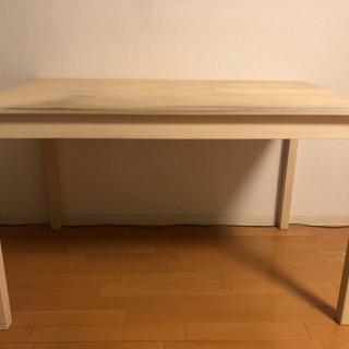 IKEAダイニングテーブル
