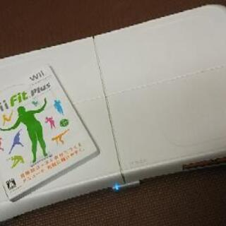 Wii fit plus ソフト バランスボード付き 中古