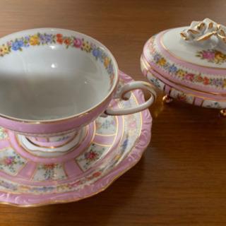⭐️ FINE PORCELAIN  猫脚ピンクのカップ&ソーサ...