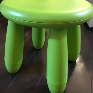 IKEA 子供椅子グリーン