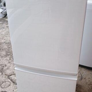 【中古】シャープ 冷蔵庫 SJ-D14D-W ㉝