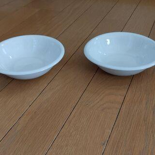 白いお皿2枚セットで☺️無料にて差し上げます! - 熊本市