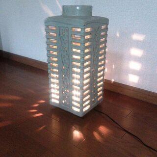 ◆取引条件有り◆ 陶器玄関ポーチ灯 ムードランプ 床置き型…