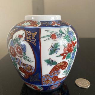 ミニ花瓶です