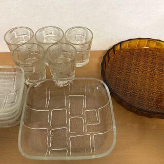 ★昭和レトロなガラスグラス、皿 まとめて 保管品