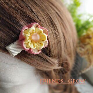 初めての髪飾りに♪桃の花ベビークリップ09