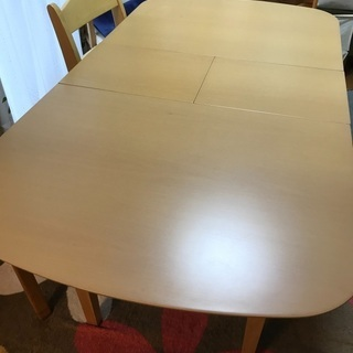 ダイニングテーブル(伸縮可能、取説あり)