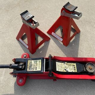 オートバックス製 ローダウンジャッキ(2トン)馬のセット