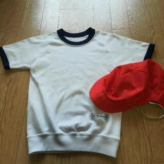 体育着と赤白帽